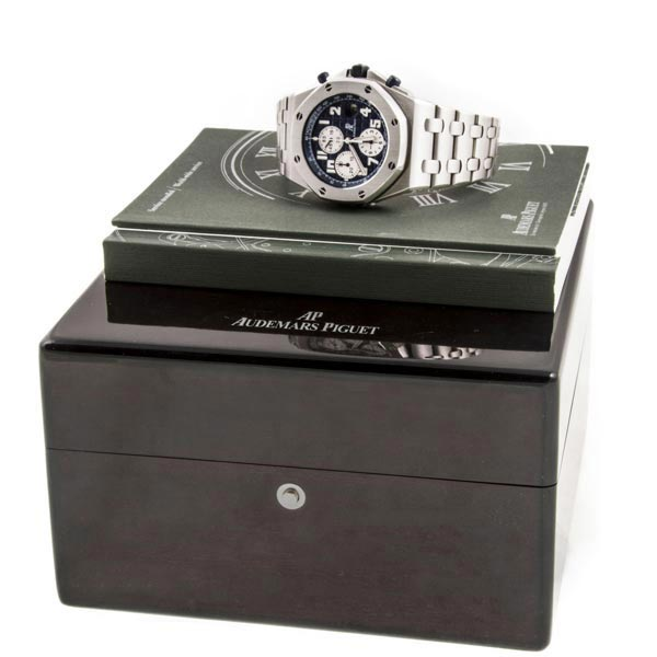 Часы Audemars Piguet Royal Oak Offshore Chronograph Navy Blue фото