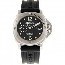 Часы Panerai Luminor Submersible фото