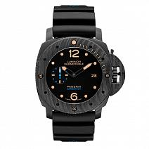 Часы Panerai Luminor Submersible 1950 Carbotech фото